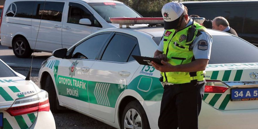 Trafiği tehlikeye atan sürücülere 1 milyonu aşkın ceza