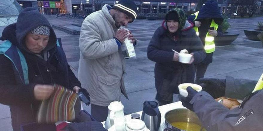İsveç'te camiler evsizlerin de sığınağı oldu