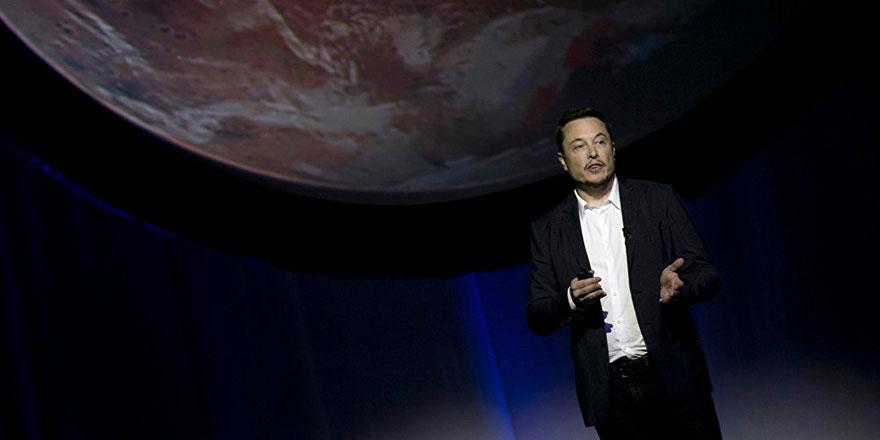 Elon Musk: Mars'a taşınma ihtimalim yüzde 70 ama yolda ölebilirim