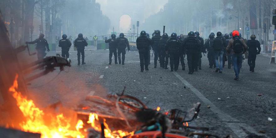 G7 Zirvesi karşıtı gösteriler devam ediyor