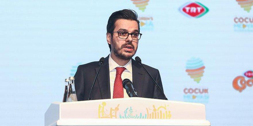 TRT Müdürü uyardı: 'Çocukları sosyal medyada kaybetmeyin'