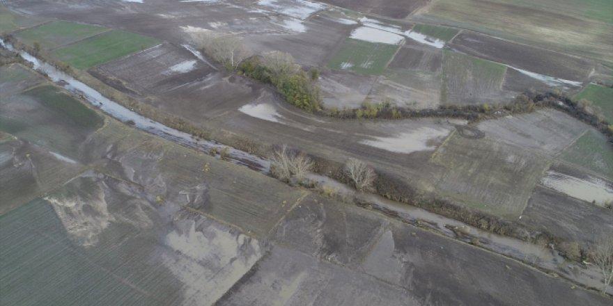 Edirne'de bir çok tarım arazisi hasar gördü