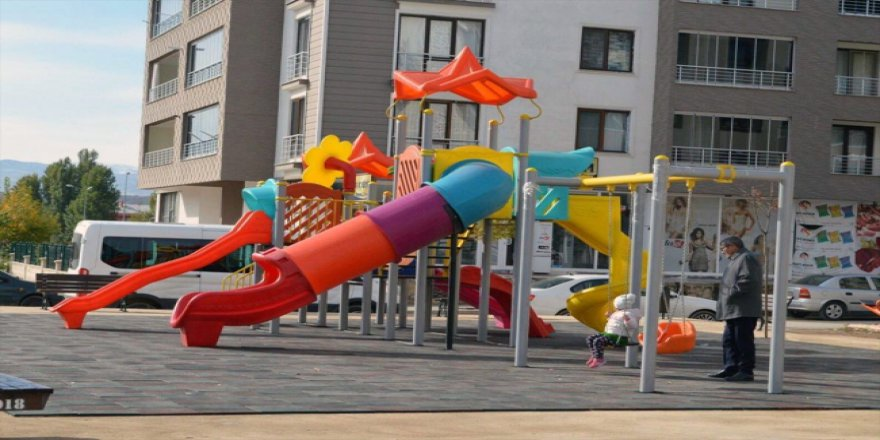 Tunceli'de çocuklar parklarla sevindi