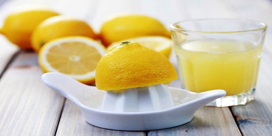 Her sabah bir bardak ılık suya yarım limon sıkın ve için
