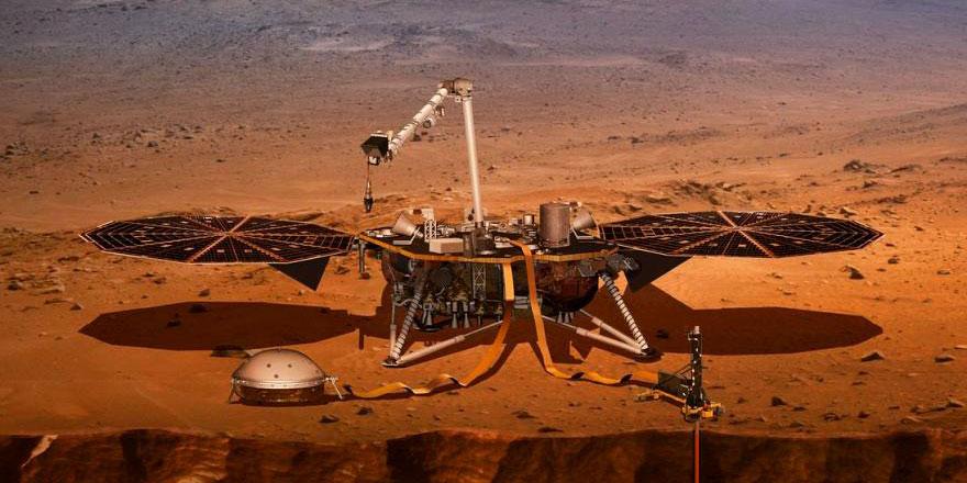 Mars'ta su bulundu şimdi de hayat aranıyor