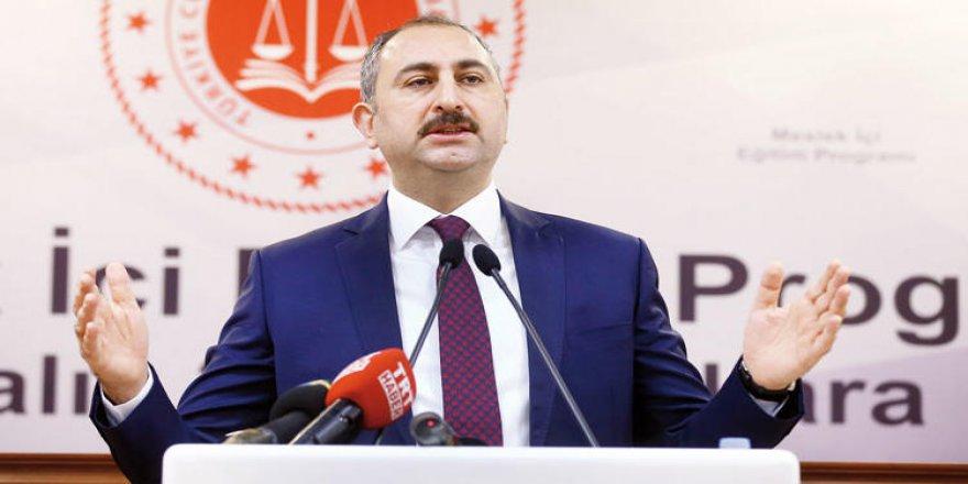 Adalet Bakanı açıkladı: Hakim-Savcı sınavlarına baraj geliyor