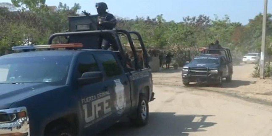 Meksika'da yeniden şiddet olayları