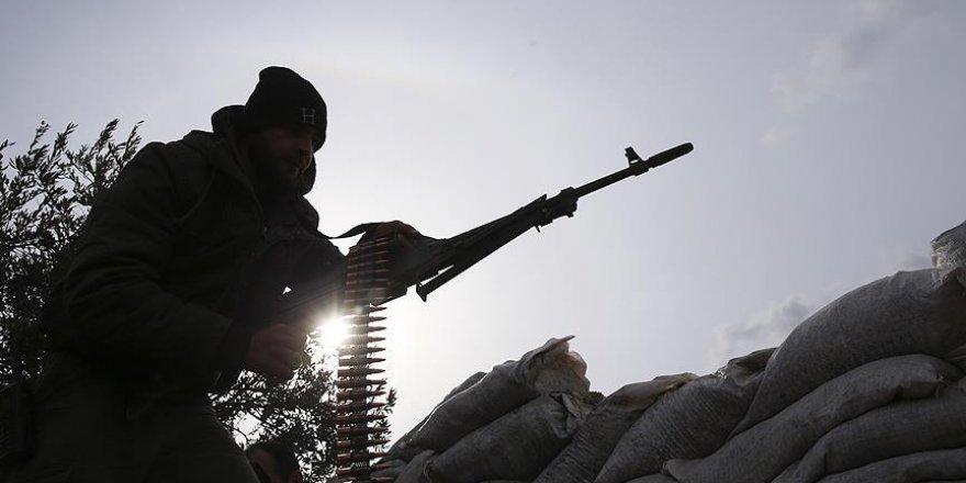 Beşşar Esed İdlib'e yeni güçler sevk ediyor