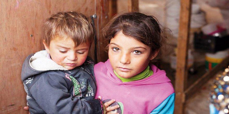 Türkiye'de 2 bin 100 aile Suriyeli yetimleri evlat edinmek istiyor