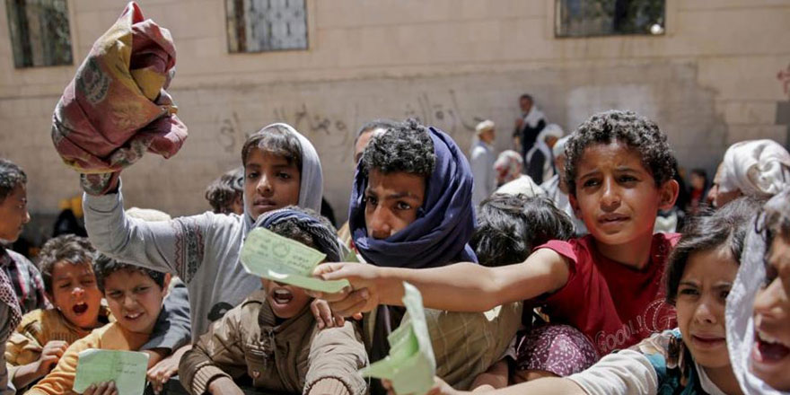 'Yemen'de insanlar ağaçları kesip yiyor'
