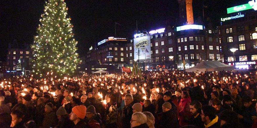 Mültecileri tecrit etmek isteyen Danimarka'da sert protestolar