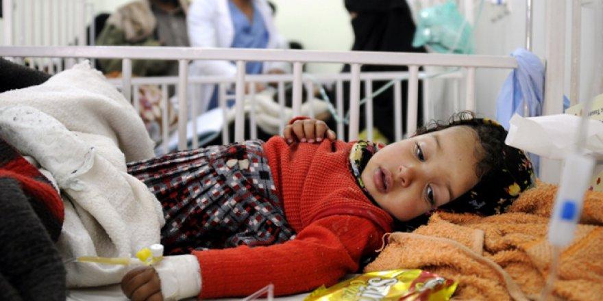 Yemen'de durum kritik: 400 bin çocuk her an ölebilir