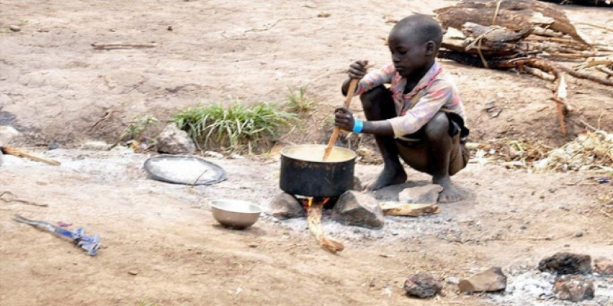 Nijeryalı çocuklar beslenemiyor