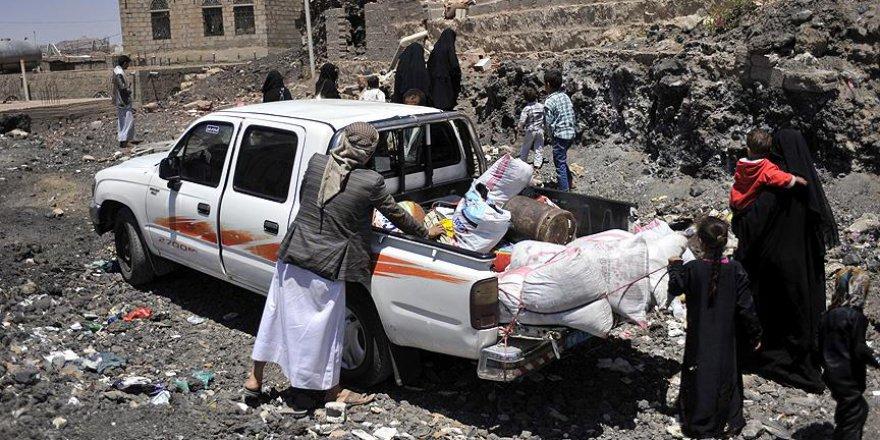 Çatışmalardan bunalan Yemen halkı göç ediyor