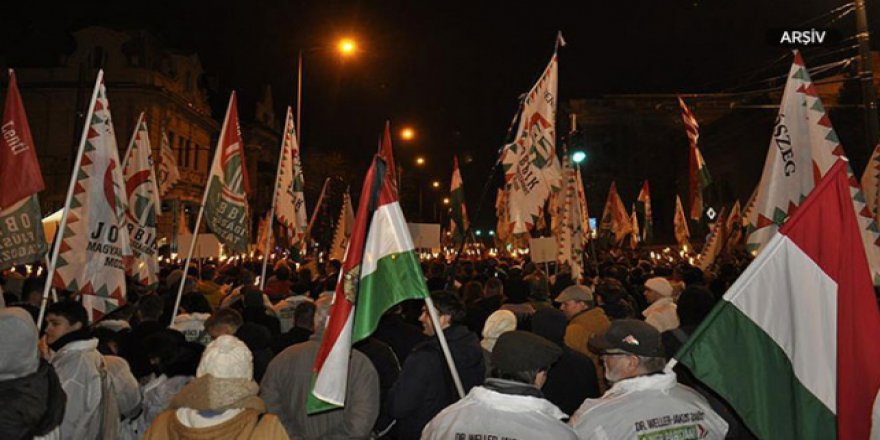 Macaristan'da üç gündür protestolar var