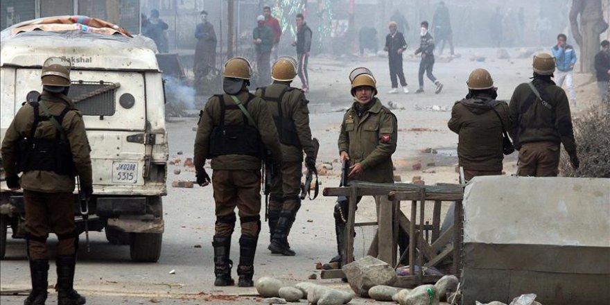 Cammu-Keşmir'de 6 sivil ve 3 direnişçi öldürüldü