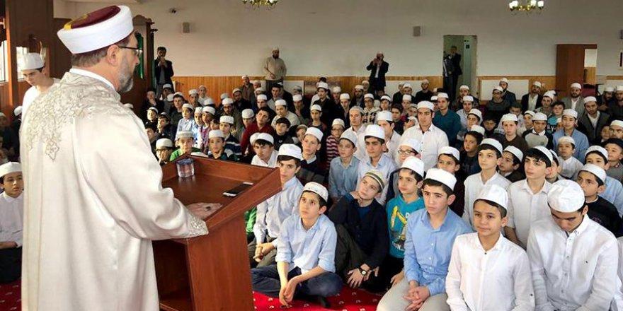 """Diyanet İşleri Başkanı Erbaş: """"Kur'an-ı Kerim öğrenme amacı onu yaşamaktır"""""""
