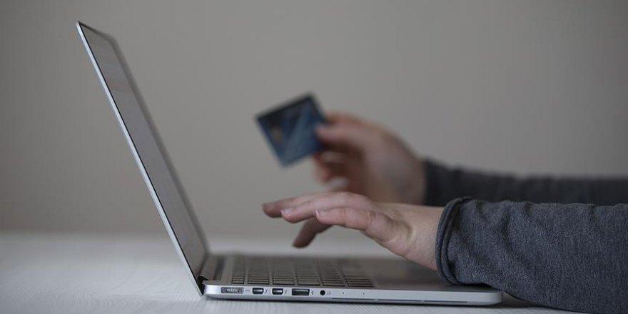 Tüketicilere 'internet alışverişi' uyarısı