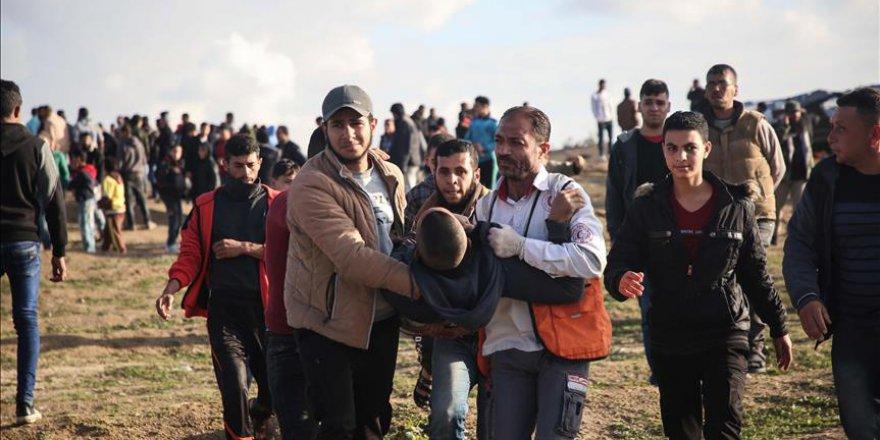 İsrail askerleri Gazze'de 3 Filistinliyi şehit etti