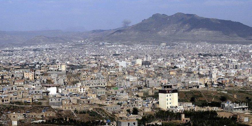 """BM'nin """"Hudeyde'ye ateşkes denetleyicileri gönderme"""" kararı"""