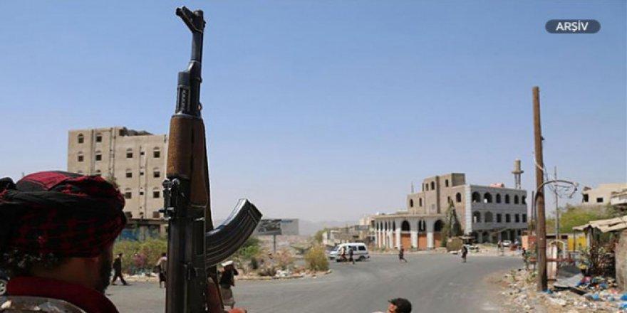 Husilerin Hudeyde'de ateşkesi ihlal ettiği iddia edildi
