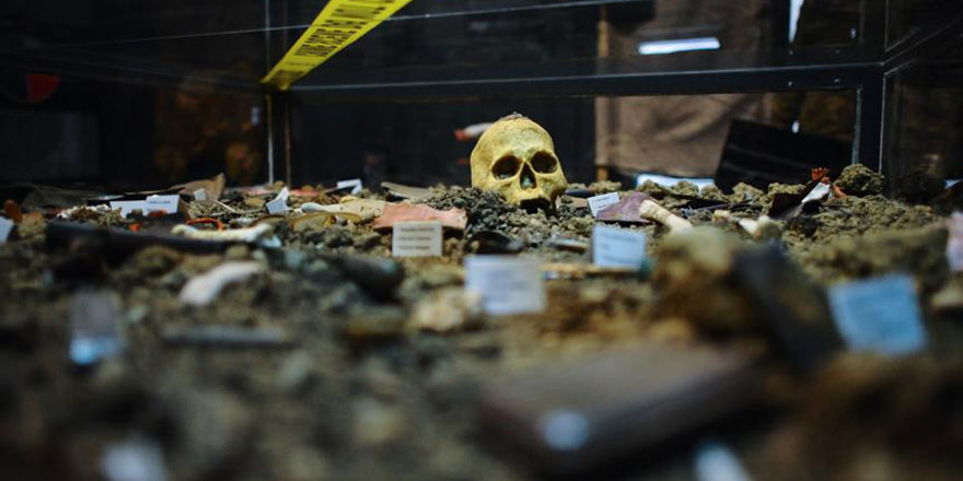 Bosna'daki savaşın acı hatırası Soykırım Müzesi'nde yaşatılıyor