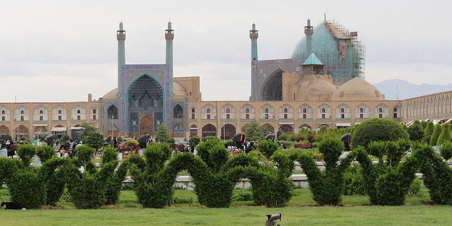 İran'da Sünnilerden cuma namazı talebi