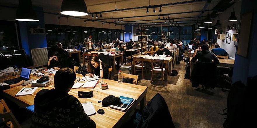 Ankara'nın 'uyanık kütüphane' kafeteryaları