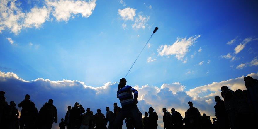 Gazze'de 14 Filistinli yaraladı