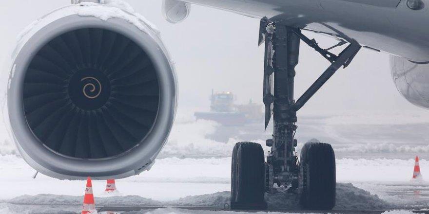 Yoğun kar yağışı hava seferlerinde iptale neden olabilir