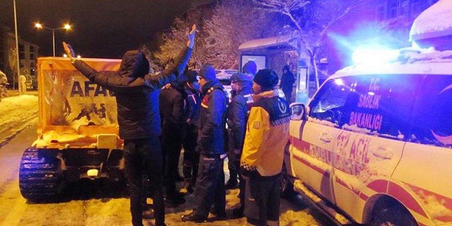 Kütahya'da donma tehlikesi yaşayan 5 genç kurtarıldı