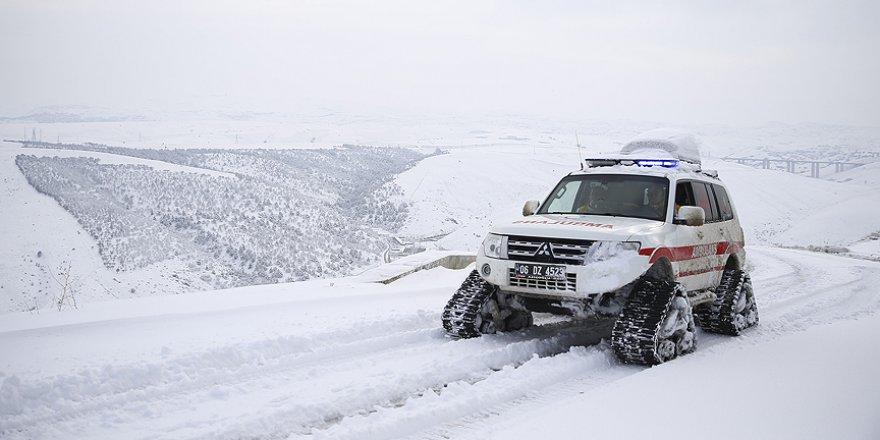 Başkentte paletli ambulanslar acil hastalar için göreve hazır