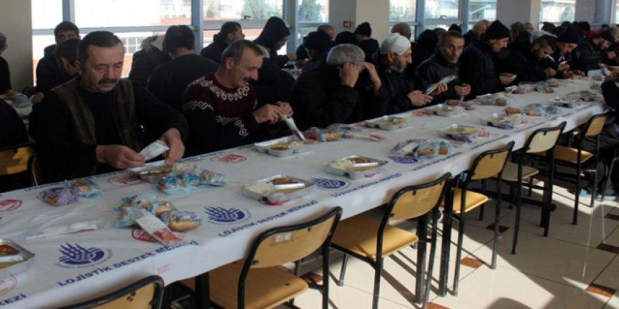 İstanbul Büyükşehir Belediyesi evsizlere sahip çıktı