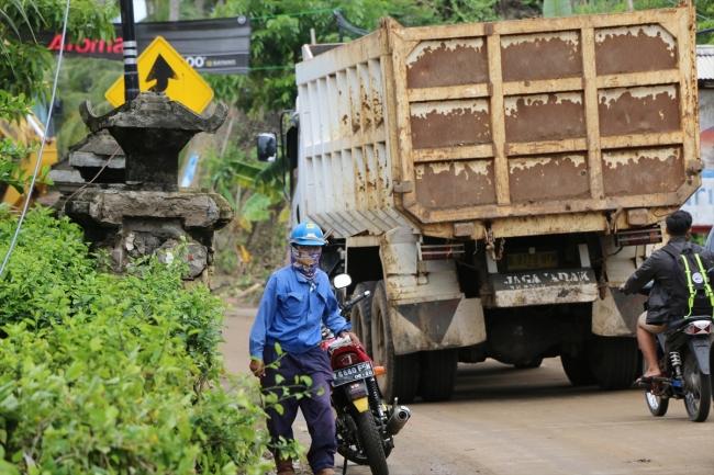 Endonezya'da tsunami bölgesinde hayat normale dönüyor