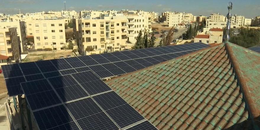 Ürdün'de camiler güneş panelleriyle çalışacak