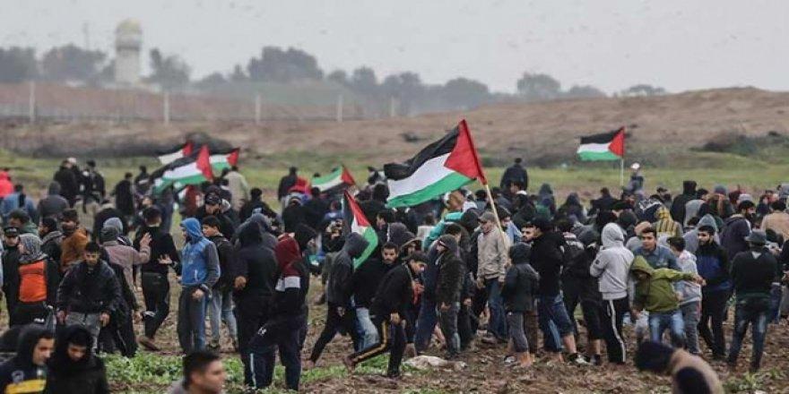 İsrail, Gazze sınırında bir Filistinliyi şehit etti