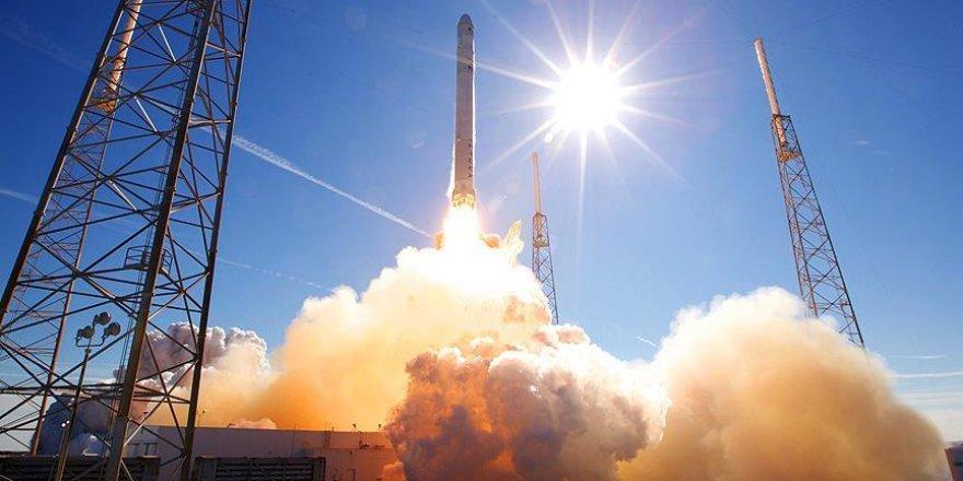 Çin uzaya 6'sı gözlem amaçlı 7 uydu fırlattı