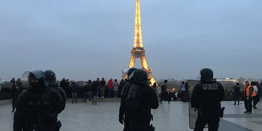 Fransa'nın Başkenti'nde evsizler problem oluyor
