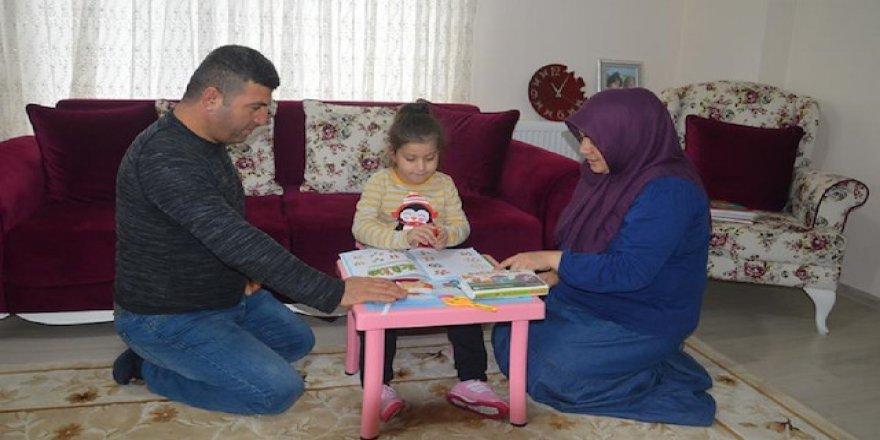 6 ayda bir ameliyat olan küçük Ecrin yardım bekliyor