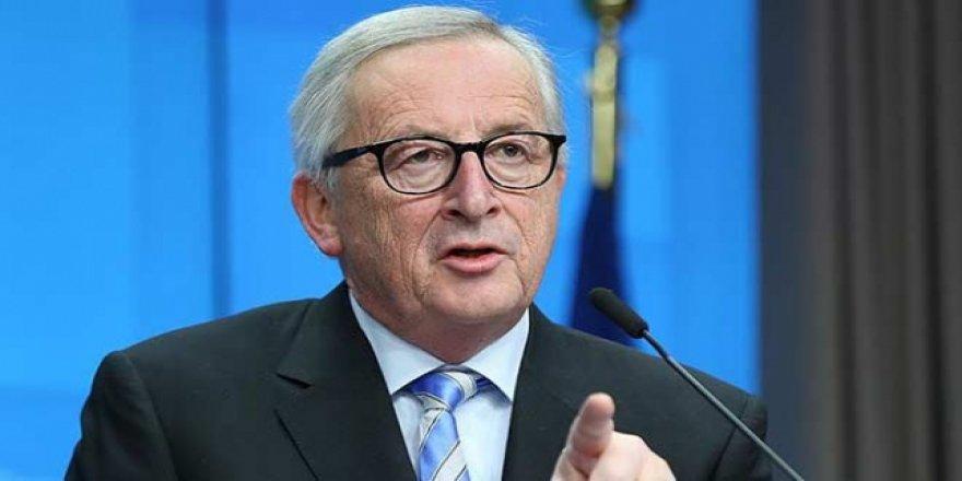 AB Komisyonu Başkanı Avrupa ülkelerini iki yüzlülük ile suçladı