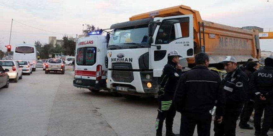 Dokuz Eylül Üniversitesi Dekan Vekili Büyükyazı hayatını kaybetti