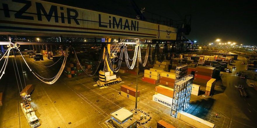 İzmir Limanı'ndan yılın son ihracatı Orta Doğu'ya