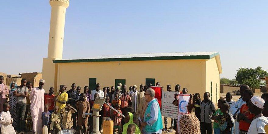 Cansuyu Derneği'nden Kamerun'a cami