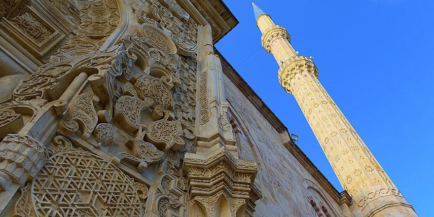 2017'de açıldı son 200 yılda böyle bir caminin örneği yok