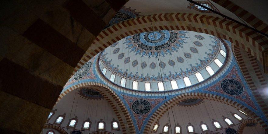 """""""Son 200 yıldaki camilere baktığımızda örneği yok"""""""