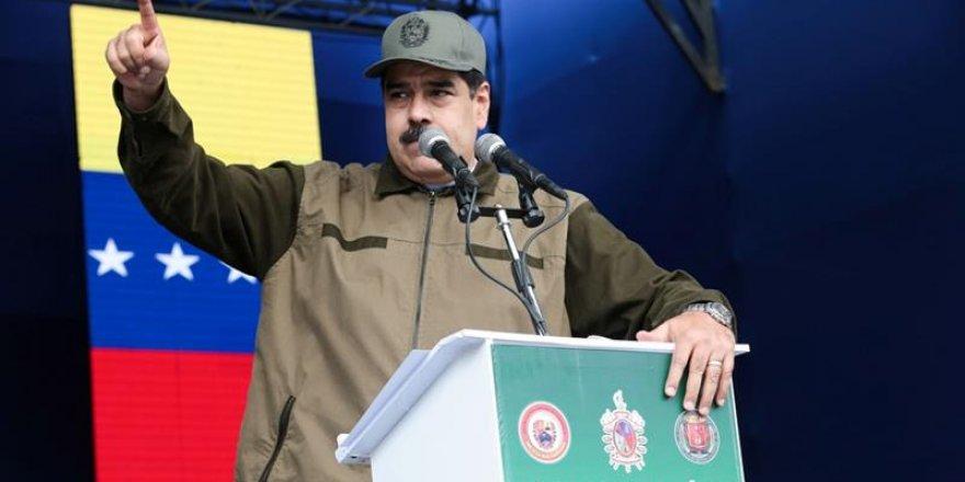 Venezuela Başkanı Maduro'nun görevden alındığı iddia edildi