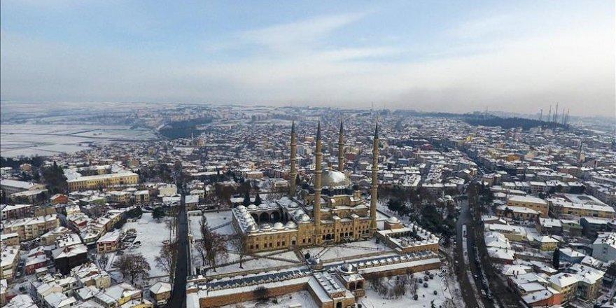 Kar yağışı sonrası Edirne'de tefekkürlük görüntüler