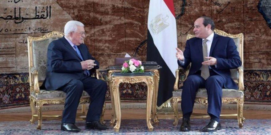 Abbas ve Sisi Filistin meselesini görüştü