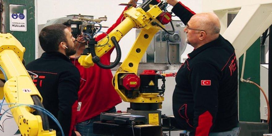 """""""Robotik aile""""nin akıllı robotlarına ilgi büyük"""