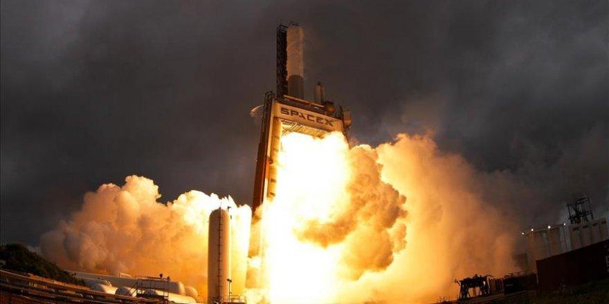SpaceX 10 uydu birden fırlattı